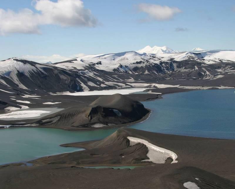 Conoce la Deception Island de la Antártida