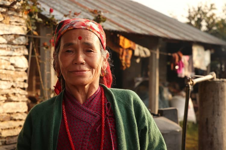 Mujer Nepal