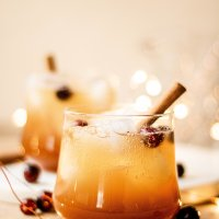 bourbon apple cider fizz cocktail