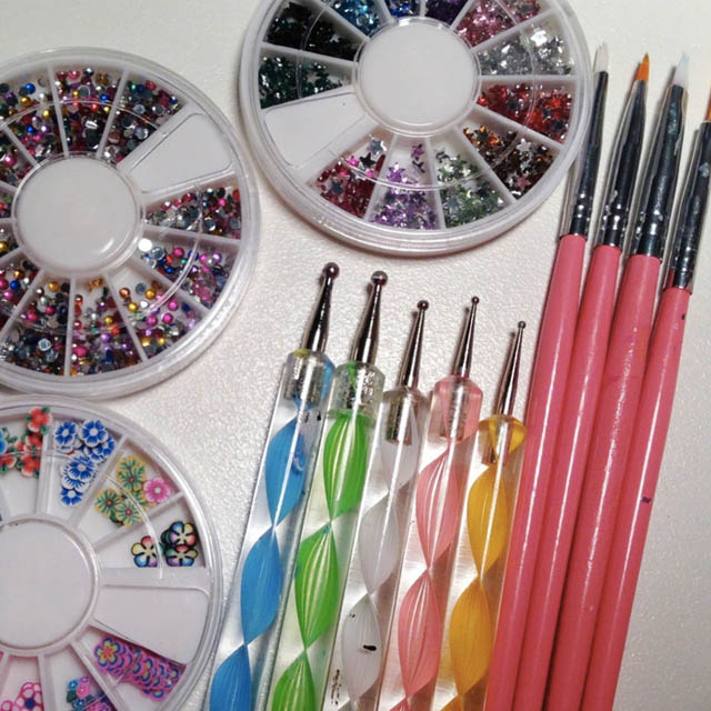 Dotting Nail Art How You Can Do It At Home Pictures Designs Source