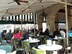Le Café du Monde, endroit de prédilection de Talon( DH tome 3 :La fille du Shaman )