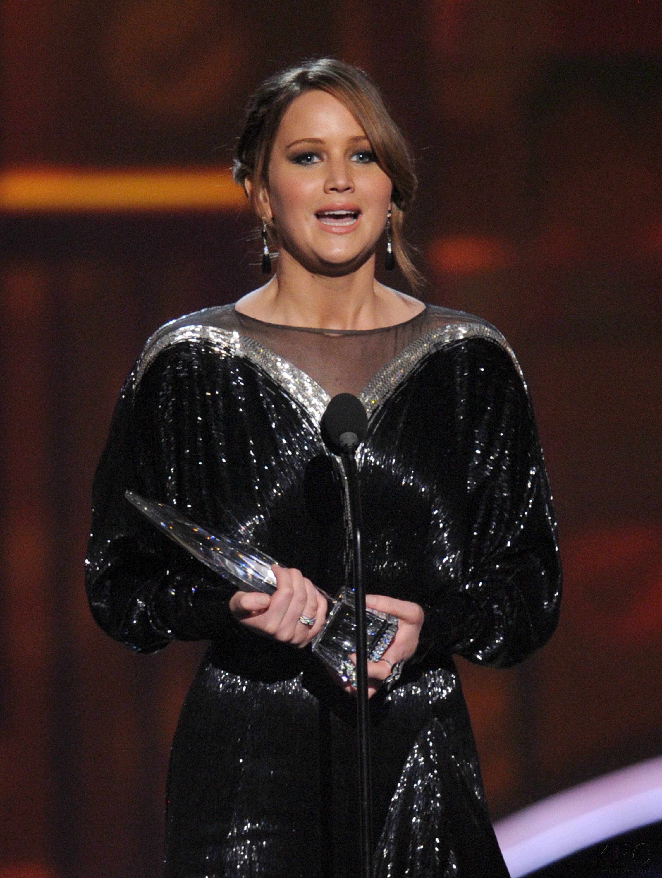 Hunger Games Cast - PCA -2013 -Nominations- 005