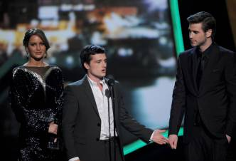 Hunger Games Cast - PCA -2013 -Nominations- 016