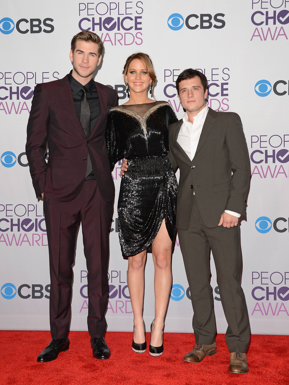 Hunger Games Cast - PCA -2013 -Press-Room- 010