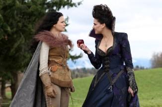 Once Upon A Time – Saison 1 Episode 21 - La pomme empoisonnée 012