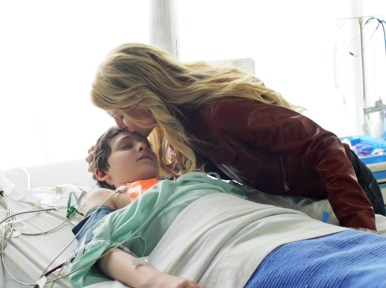 Once Upon A Time Saison 1 Episode 22 - Le véritable amour 008