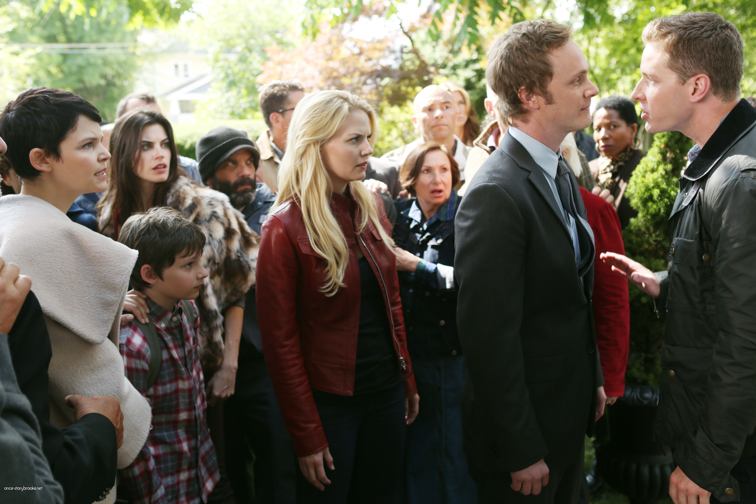 Once Upon A Time Saison 2 Episode N°1 - Broken (Brise) 006