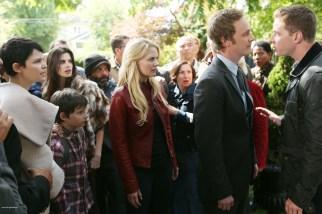 Once Upon A Time Saison 2 Episode N°1 - Broken (Brise) 006