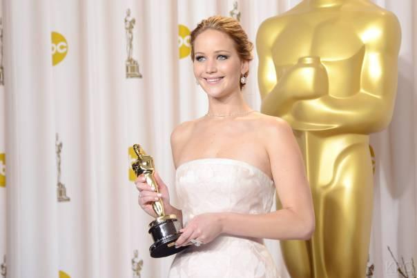 Jennifer Lawrence - L'Après Oscar - La Press Room 012