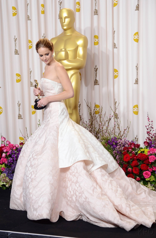 Jennifer Lawrence - L'Après Oscar - La Press Room 013