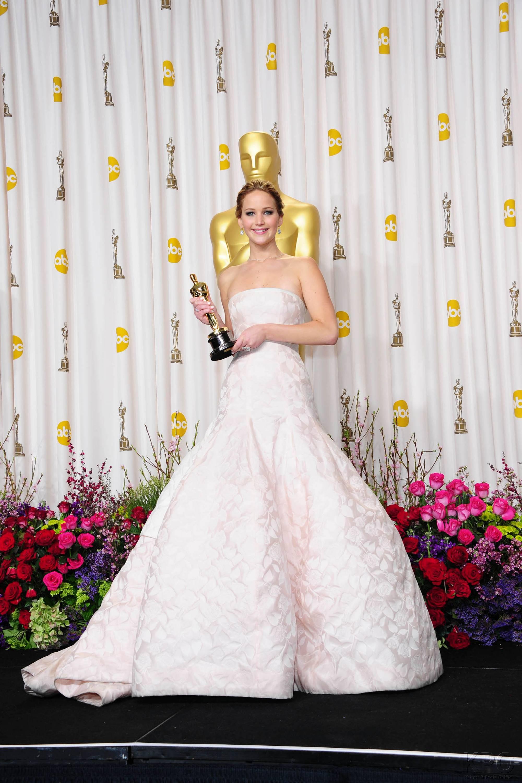 Jennifer Lawrence - L'Après Oscar - La Press Room 031