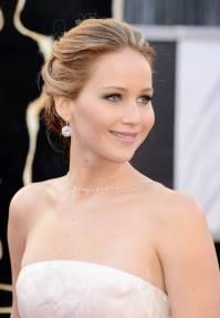 Jennifer Lawrence - Le Red Carpet de la 85eme Cérémonie des Oscars 001