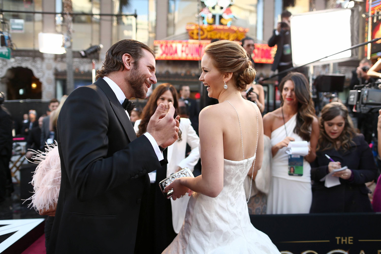 Jennifer Lawrence - Le Red Carpet de la 85eme Cérémonie des Oscars 028