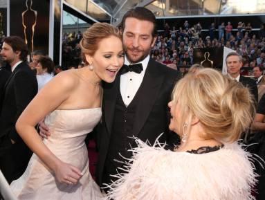 Jennifer Lawrence - Le Red Carpet de la 85eme Cérémonie des Oscars 029