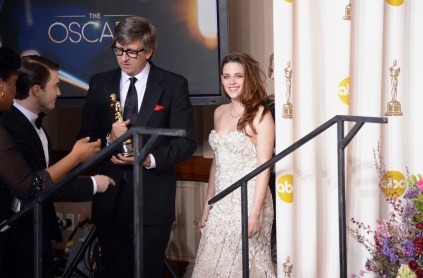 Kristen Stewart à la 85eme cérémonie des Oscars -La Press Room 17