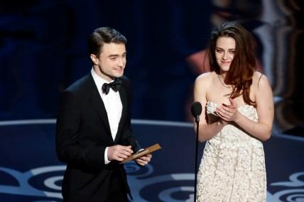 Kristen Stewart à la 85eme cérémonie des Oscars -La Remise des Oscars 03