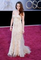 Kristen Stewart à la 85eme cérémonie des Oscars - Le Red Carpet 007