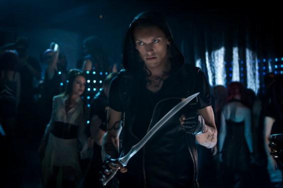 Jamie Campbell Bower (Jace Wayland)