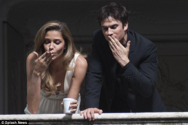 ian somerhalder - shoot parfum azarro 11
