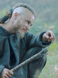 Travis Fimmel - FMMSTP1132 - 011 - Copie