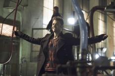 Arrow - S02E07 - Stills