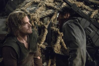 Arrow - S02E15 - Oliver et Slade