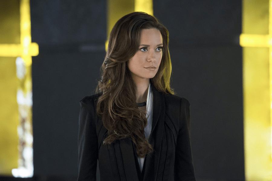Arrow - S02E18 - Isabel Rochev