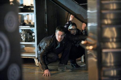 Arrow - S02E19 - Oliver et Felicity