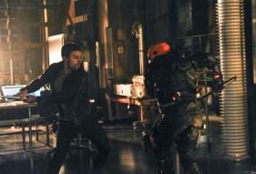Arrow - S02E19 - Oliver vs Deathstroke