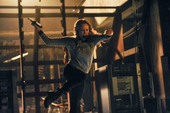Arrow - S02E19 - Sara Lance