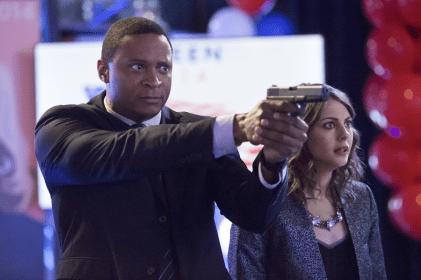 Arrow - S02E20 - Diggle et Thea