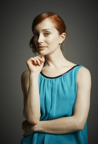 Outlander - Portrait Studio Powered By Samsung Galaxy - Lotte Verbeek
