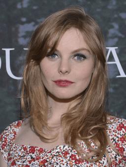 Outlander Premiere - Nell Hudson
