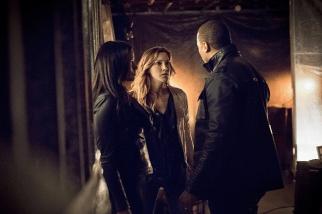 Arrow - S03E21 - Stills