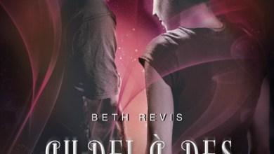 Photo of Au-Delà Des Étoiles Livre 2 de Beth Revis