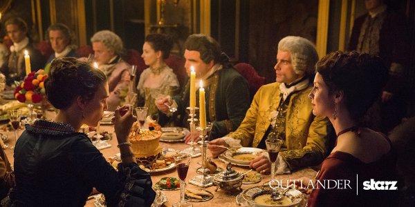 Outlander saison 2 diner Claire