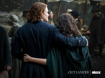 Outlander saison 2 - Jamie et Claire 4