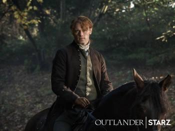 Outlander Stills saison 3 - Jamie sur cheval