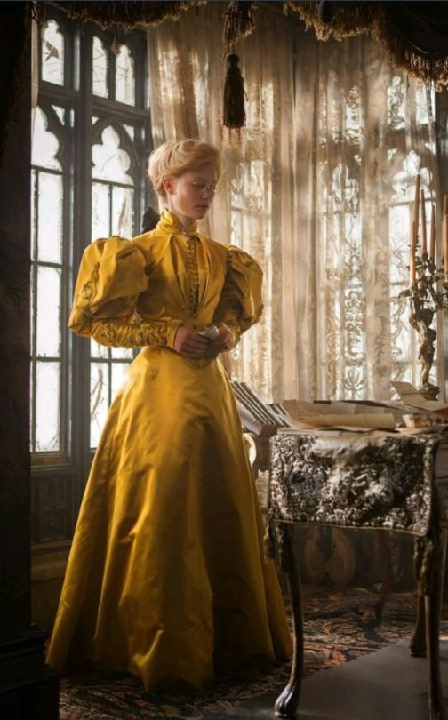 Crimson Peak - Edith yellow dress