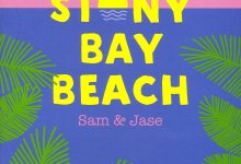 Photo de Stony Bay Beach : Sam & Jase de Huntley Fitzpatrick