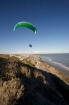 BALNEARIO DEL CONDOR / Parapente frole les falaises