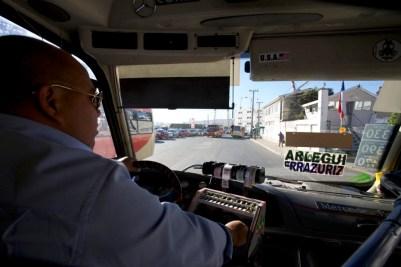 VALPARAISO / Vue depuis le taxi collectif qui nous amenait tous les matin vers le centre-ville