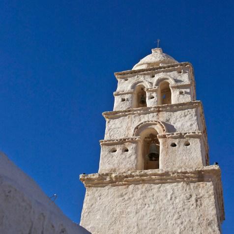 """CURAHUARA DE CARANGAS / Clocher d'une """"chapelle sixtine"""" bolivienne"""