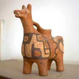 LAC TITICACA / A Challapampa, visite du musée d'archéologie sous-marine.