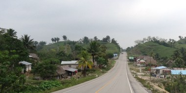 Sur la route entre Lanquin et Modesto Mendez
