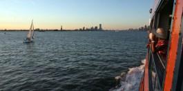 NYC / Couché de soleil sur Manhattan depuis le ferry de Staten Island