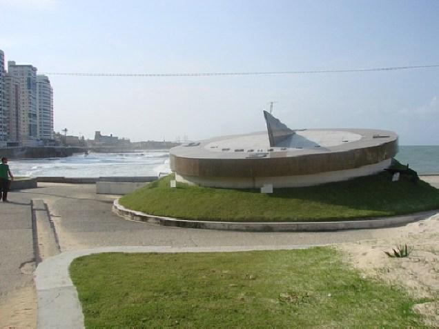 818-5o-dia-praia-de-areia-preta-bussola