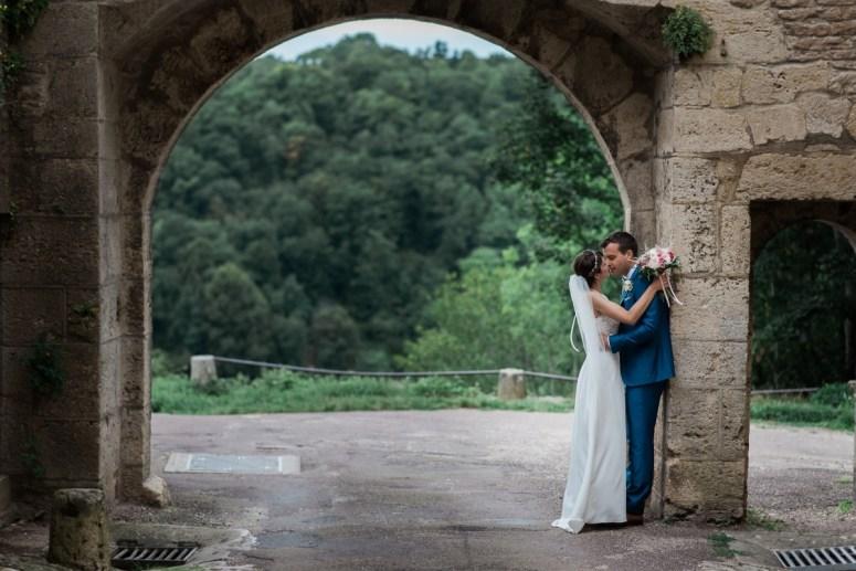 92. Mariage à Flavigny sur Ozerain - château de Thenissey - bourgogne - photographe de mariage