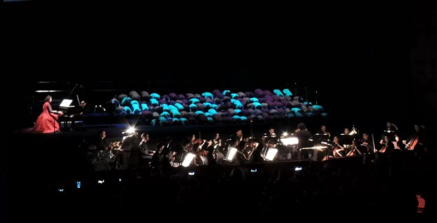 2017'VII'4. Teatro Real de Madrid. Estreno de Somos Naturaleza - coro y orquesta 3 2017'VII'4. Teatro Real de Madrid. Estreno de Somos Naturaleza - coro y orquesta 2 (foto: Ela R que R)
