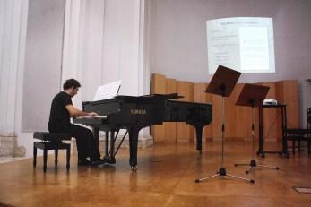 Gustavo Moreno at the premiere of SoLnatina SoLnatina